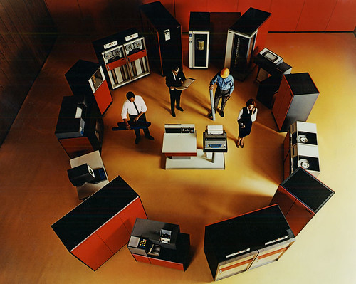 us__en_us__ibm100__system_360__360_family_circle__800x638