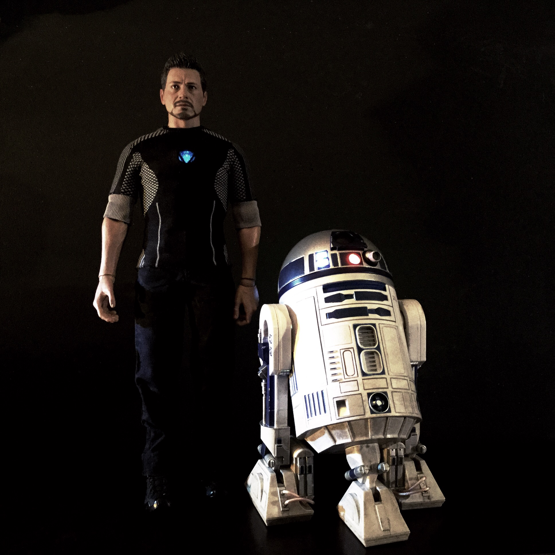 [REVIEW] Star Wars : R2-D2 Deluxe (Sideshow) 16418228976_110592b492_o