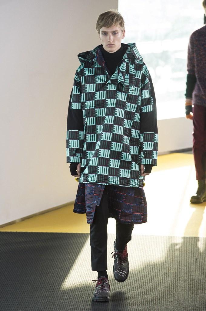 Jeroen Smits3214_FW15 Paris Kenzo(fashionising.com)