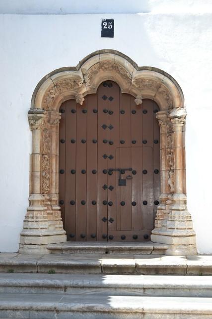 Otra puerta manuelina de la Iglesia de la Magdalena