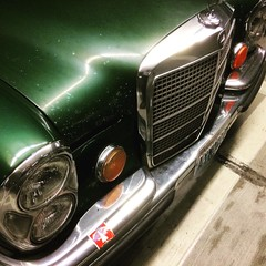Random #w108 280 SEL 4.5 in my garage this morning -- rare to see daily drivers older than my Dachse #e28 here at work