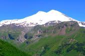 Der Elbrus, 5642 m, von Süden/Baksan-Tal. Foto: Günther Härter.