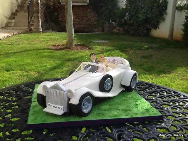 Wedding Car Themed Cake by Margaret Hastings