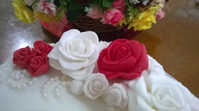 Cake by Nishee Cakes by Nishani Dewaraja