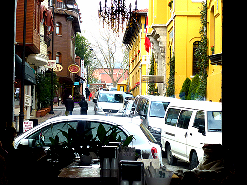 Istanbul has traffic congestion like anywhere else for travellers to contend with, and tourists are advised to only take their rental cars to the outside of the Central city areas, and parking can usually be found with a bit of effort.