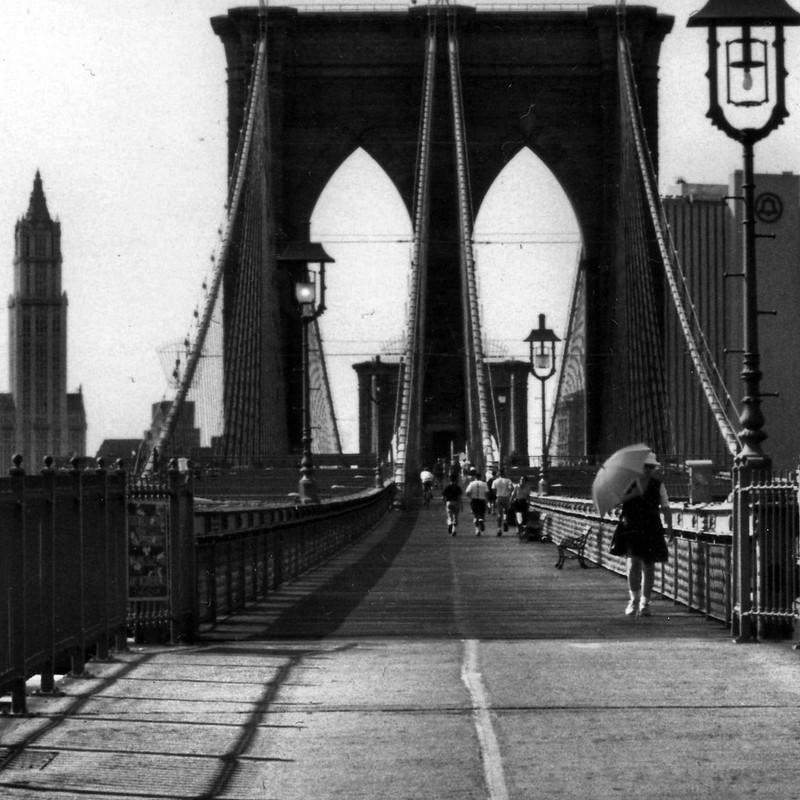 brooklyn-bridge-symmetry
