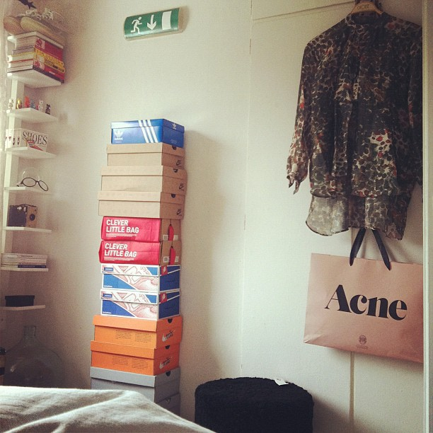 #good #morning #room #acne #henrikvibskov #sneakers #adidas #nike #books #exit #medicomtoy #sneakersnstuff #jeremyscott