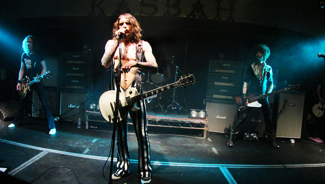 The Darkness LIVE