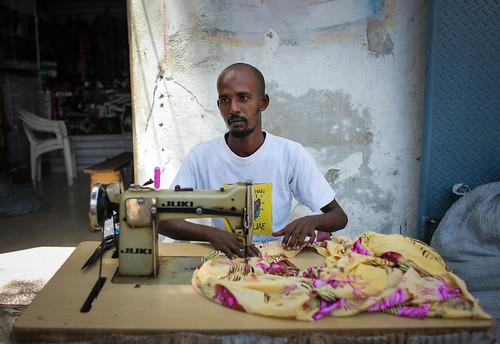 2013_08_05_Mogadishu_Life_Economy_009