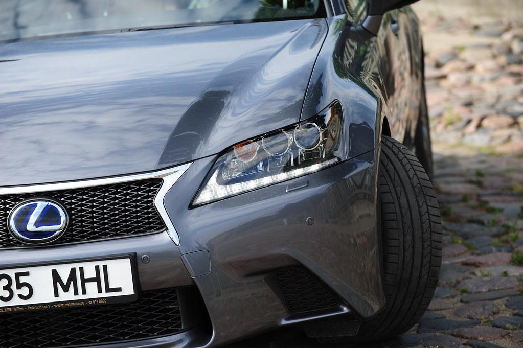 Lexus GS450h F-sport 2012