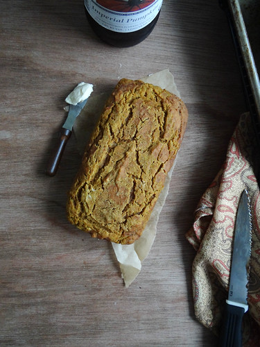 pumpkin beer bread {quick & easy}