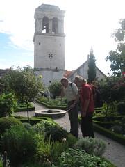2013-3-kroatie-188-sibenik-medieval garden