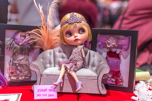 GBaby's AMAZING Daisy Buchanan custom at Blythecon New York 2013