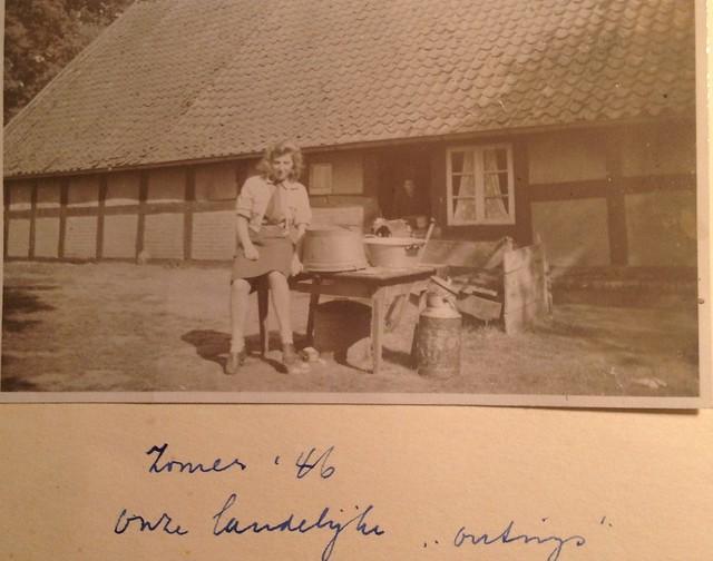 Hannie . Mums album1946