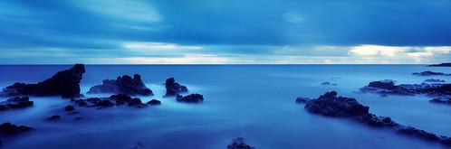ocean blue panorama film landscape dawn hawaii pano maui 6x17 colornegative fujig617 kodakektar100
