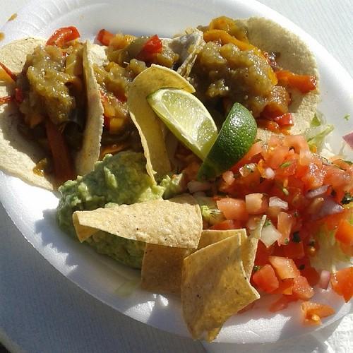 The holy Taco shack besucht und gleich mal zum probieren eingeladen worden.  #12v12