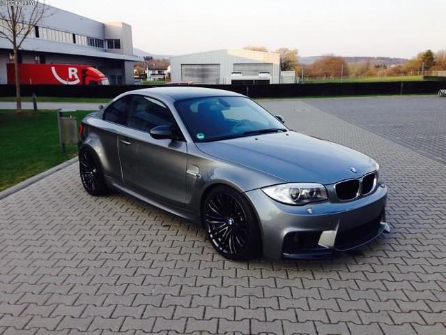 TJ-Fahrzeugdesign-BMW-1M-CSL-1