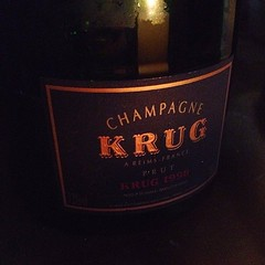 The most fabulous apéro for the Sunday night - Champagne Krug 1998.    #chamapgne #krug #spero #drink #luxury #paris #haokoufu