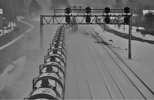 winter snow norfolksouthern winterphotography norfolksoutherntrains trainsinsnow nsfortwayneline winterontherailroad winterandrailroads winterrailroadphotography railroadsinsnow leetsdalepennsylania