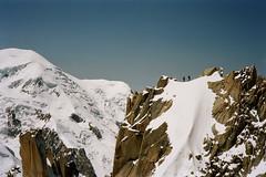 Cordée dans la massif du Mt Blanc