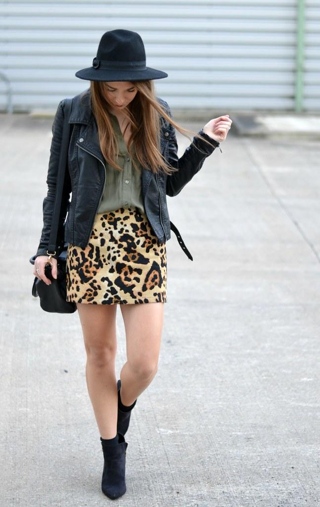 Leopard Print Topshop Skirt 6