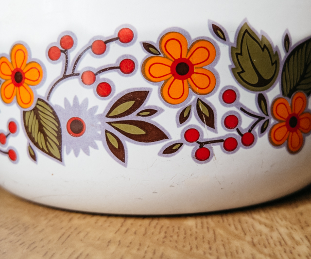 floral pattern on saucepan