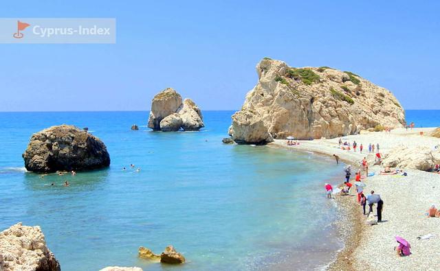Пляж Афродиты или Петра ту Ромиу. Пляжи Кипра а районе города Пафос