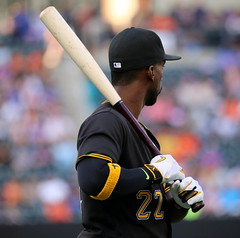 Andrew McCutchen warms up