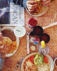 Big part of our family visit to Texas involves eating.  Love La Hacienda in San Antonio for great food and a playground for kids.   テキサスでの家族訪問では、家族との食事がメインイベント。サン・アントニオのラ・ハシエンダは、メキシコ料理が美味しく、お庭の遊び場は子供達が大好きです。