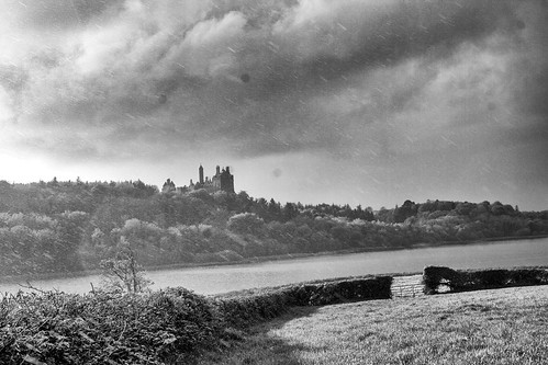 rainy day over dromore castle
