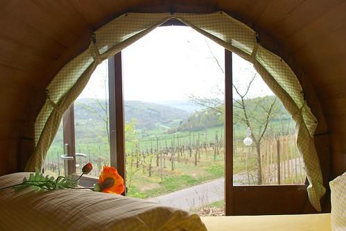 Schlafen im Weinfass