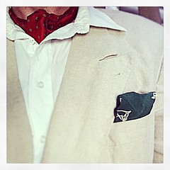 Wednesday's outfit - white cotton button-down shirt, orange silk ascot with pattern, double-breasted natural linen jacket and forest green silk pocketsquare with fox hunt design - #dandy #gentleman #haberdasher #dresslikeagrownup #kingpinchic #vintage #da
