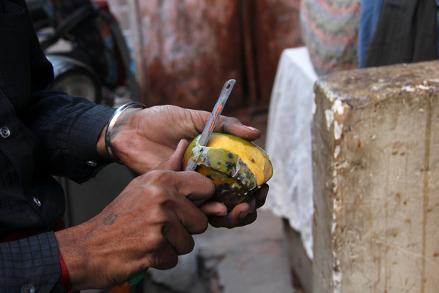 Skinning the mango
