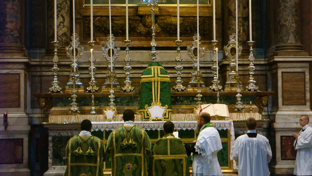 Solemn High Mass in Pellegrini celebrated by Father Yousef Marie FSSR