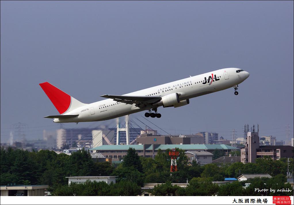Japan Airlines - JAL JA8976-001