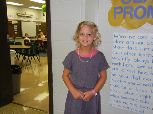 Aug 20 2013 First day of school (14)