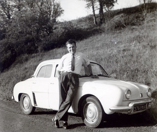 France - Mai 1961 et Renault dauphine