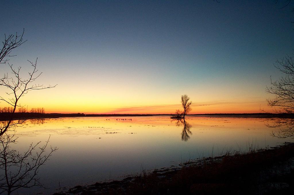 34. Puesta de sol en el río Rin. Autor, Keyate