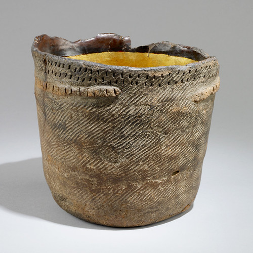 jomon pot