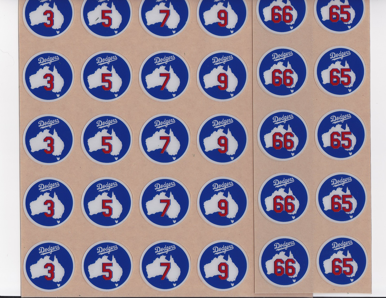 4e146857f The Dodgers used specially designed bat knob decals.