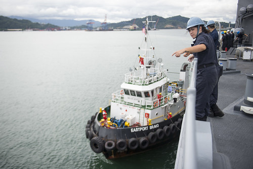 USS Comstock Arrives in Malaysia