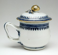 Fæ posted a photo:	 Wikimedia Commons image pageDescriptionTitleCovered Cup and Hot-Water Plate (image 1 of 2)Description: China, Qianlong period, circa 1790: Furnishings; Serviceware: Porcelain: Gift of the Winfield Foundation (55.36.4.4a-c): [http: //www.lacma.org/art/collection/decorative-arts-and-design Decorative Arts and Design]Accession number55.36.4.4a-cDate{{other date|~|1790}}DimensionsCup-  Height with cover-  2 1/4 in. (5.72 cm), Diameter-  2 3/4 in. (6.99 cm); Plate-  Diameter-  9 3/4 in. (24.77 cm)Source*Image: http: //collections.lacma.org/sites/default/files/remote_images/piction/ma-1661881-O3.jpg*Gallery: http: //collections.lacma.org/node/231694Institution{{Institution: Los Angeles County Museum of Art}}Other_versions[[File: Covered Cup and Hot-Water Plate LACMA 55.36.4.4a-c (2 of 2).jpg|220px|left]]LicensePublic domain LACMADecorative Arts and Design in the Los Angeles County Museum of ArtImages from LACMA uploaded by FæImages from LACMA uploaded by Fæ (check needed)Decorative Arts from China in the Los Angeles County Museum of ArtPorcelain from China in the Los Angeles County Museum of ArtServiceware in the Los Angeles County Museum of ArtCoats of arms on porcelain