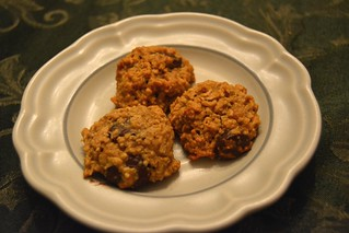 Peanut Butter, Banana, Honey, and Oat Chocolate Chip Cookies