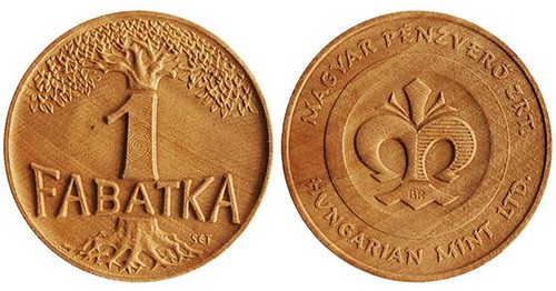 Hungarian-Mint-wooden-medal