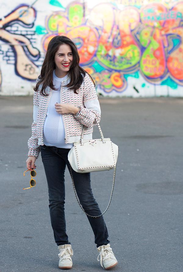 בלוג אופנה, הריון, בגדי הריון, אופנת הריון, ג'ינס הריון, אבישג ארבל, קניות אופנה לאבז, לאבז, תיק ולנטינו, maternity jeans, style the bump, pregnancy fashion, israeli fashion blogger, valentino rockstud bag, isabel marant sneakers