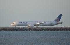 United Airlines Boeing 787 Dreamliner DSC_0372_edit