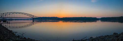 bridge panorama sunrise river mississippi julien iowa dubuque stillness sdgiere