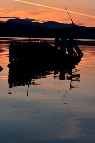 sunset mountains water ferry nikon bc britishcolumbia denmanisland straightofgeorgia d7000