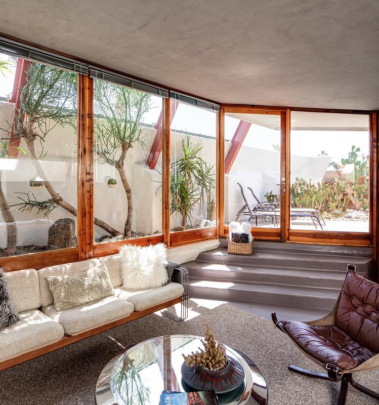 Desert Hot Springs Motel (aka Hotel Lautner)