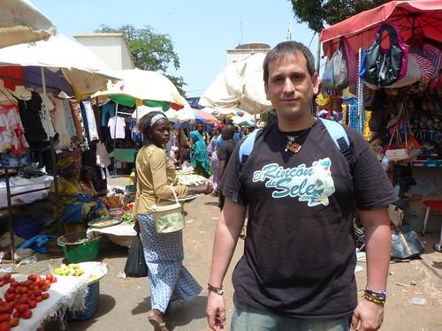 En un mercado de Serrekunda (Gambia)
